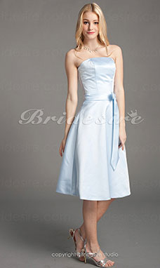 Corte A Satén Corte Princesa Hasta la Rodilla Strapless Bridesmaid/ Wedding Party Vestido