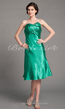 Corte A Charmeuse Hasta la Rodilla Strapless Mother Of The Bride Vestido