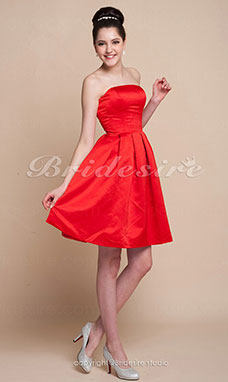 Corte A Corte Princesa Satén Hasta la Rodilla Strapless Bridesmaid/ Wedding Party Vestido