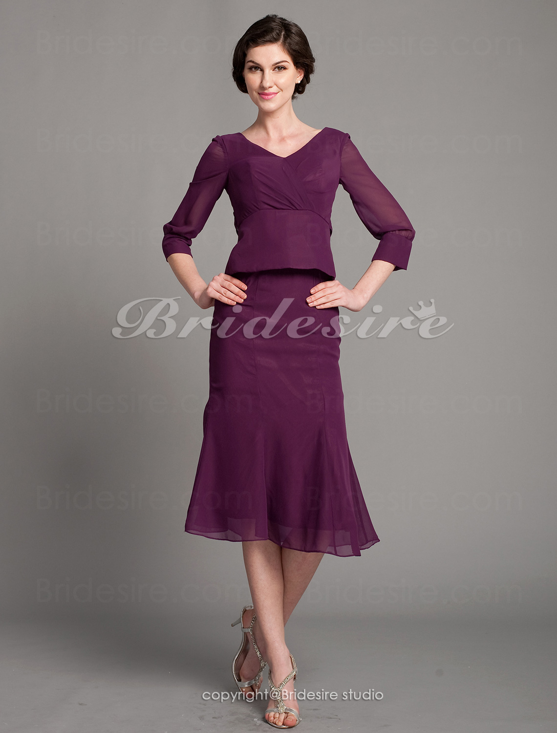 Trumpet/Mermaid Chiffon Tea-length V-neck Mother Of The Bride Dr