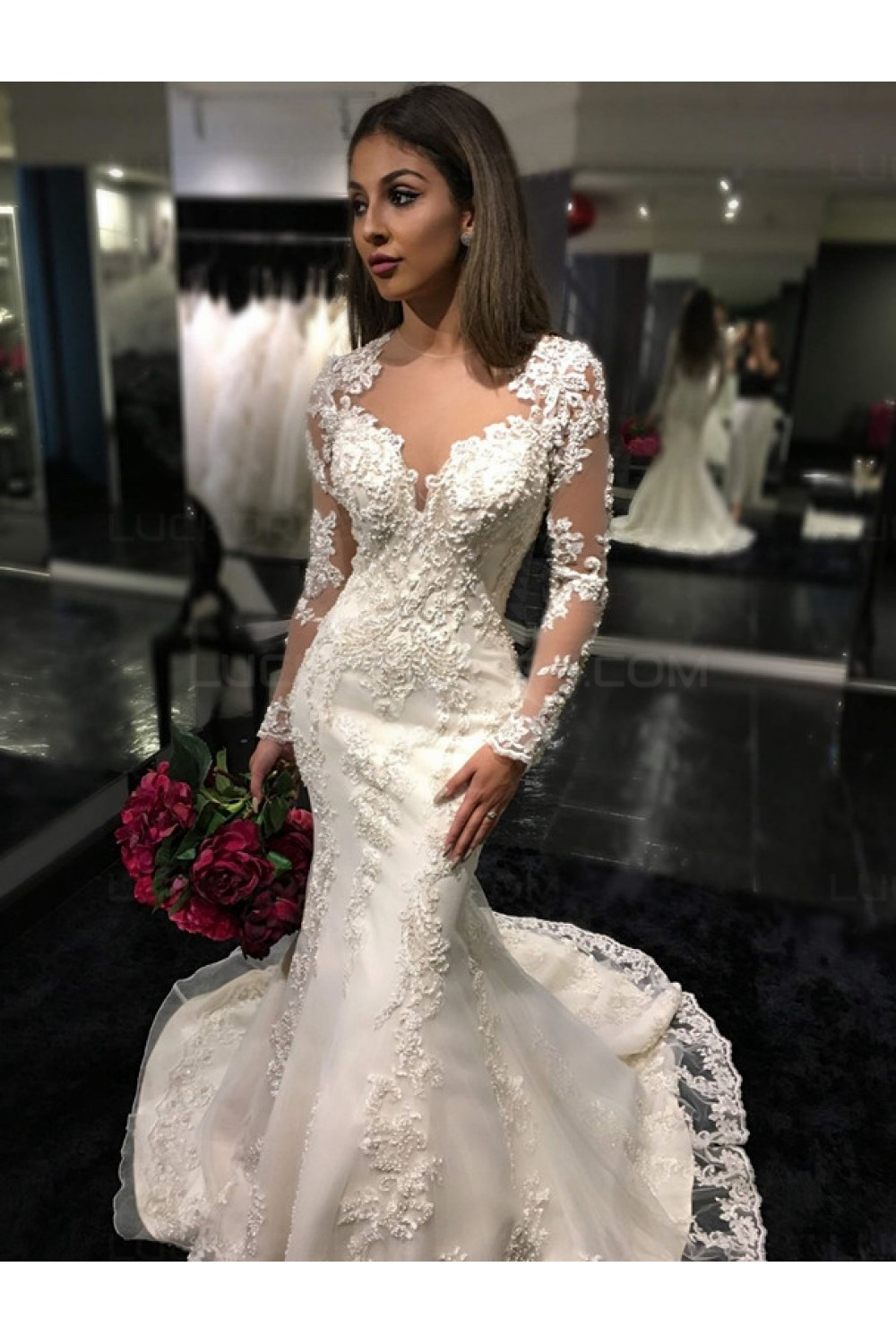 Trumpet/Mermaid Scoop Long Sleeve Lace Wedding Dress